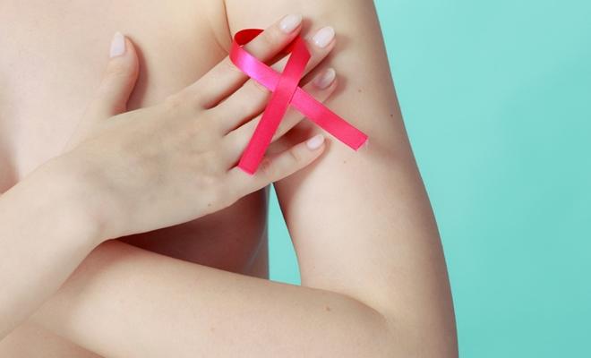 İŞTE! Meme kanserinin 7 sinyali