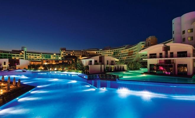 Cornelia Diamond Golf Resort &Spa'dan muhteşem yılbaşı gecesi 1